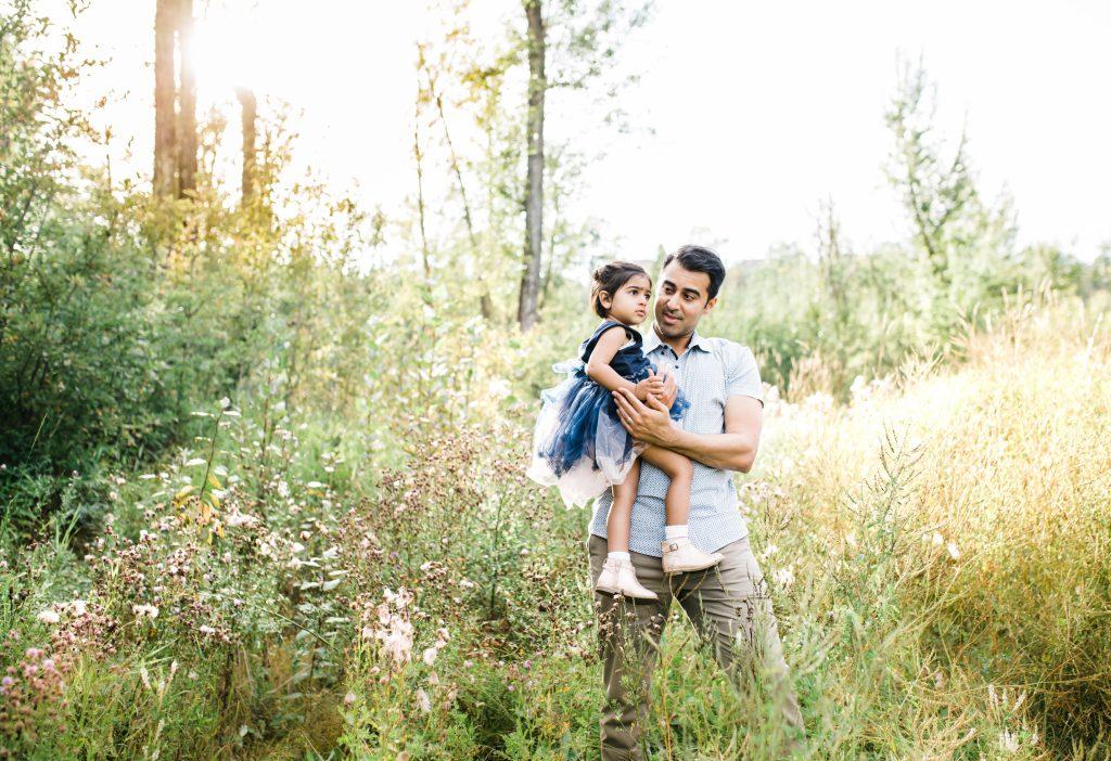 edmonton family photographer yew photography summer photoshoot