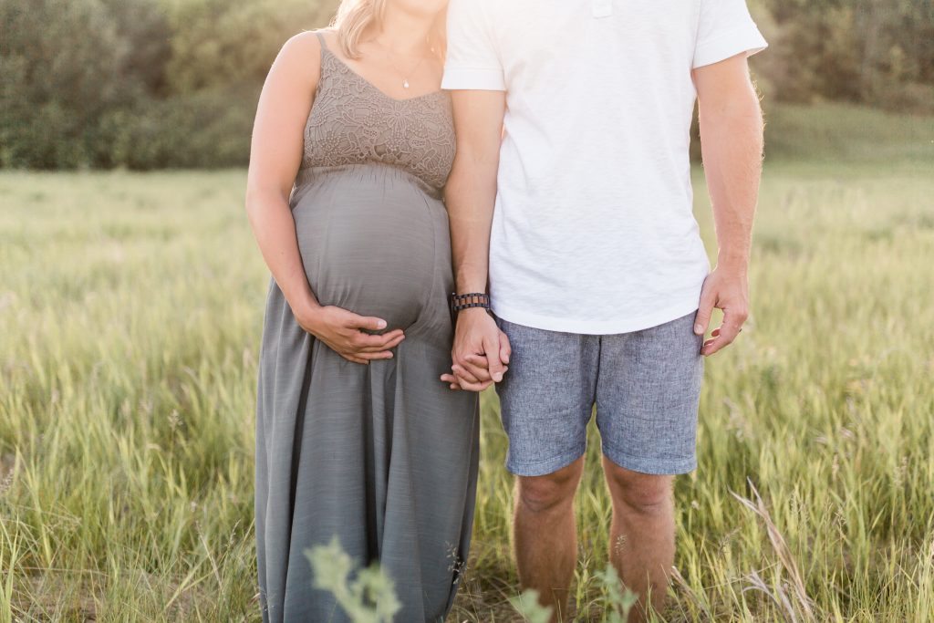 Edmonton family maternity photographer yew photography