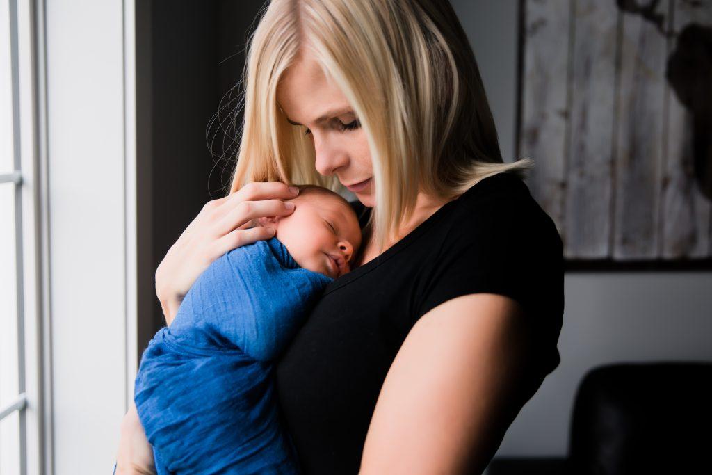 edmonton newborn photographer yew photography