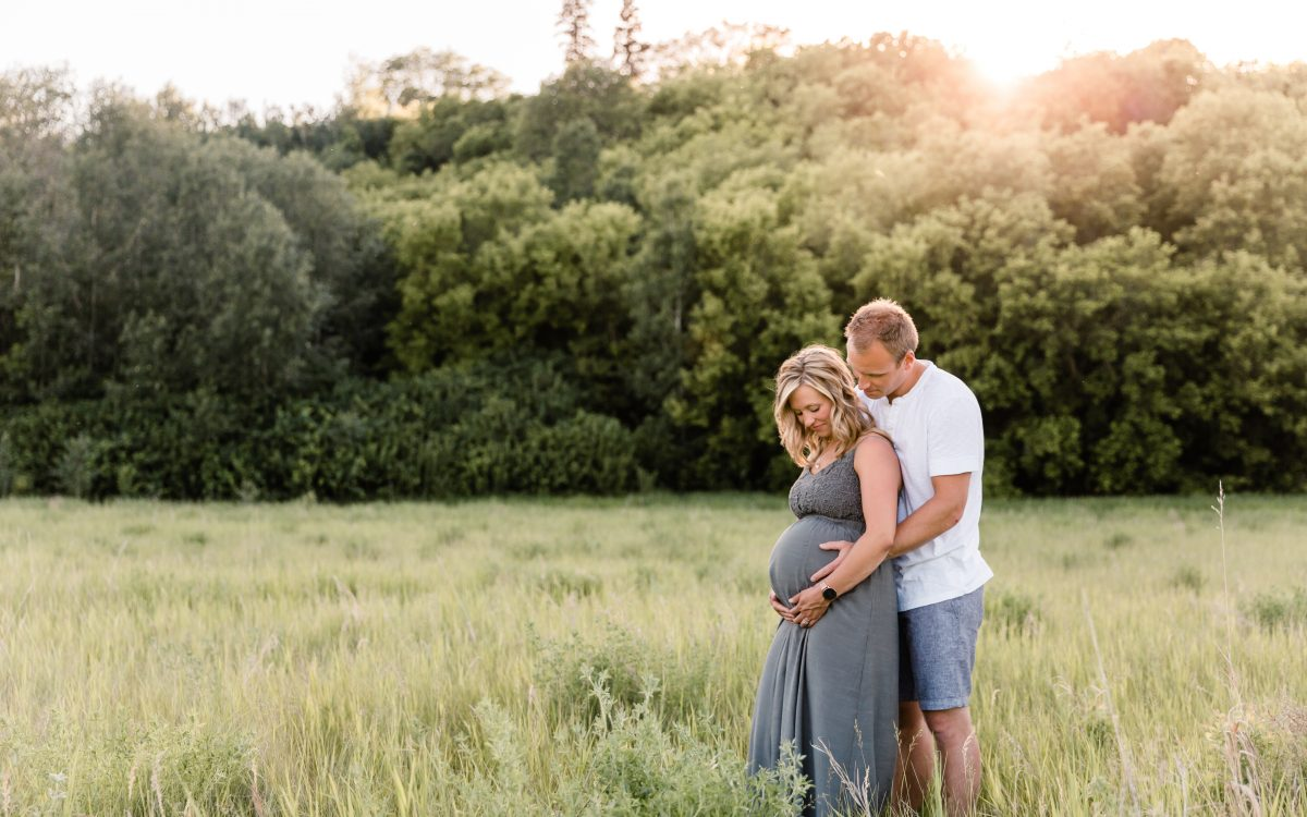 Family Maternity Session With The Sontags