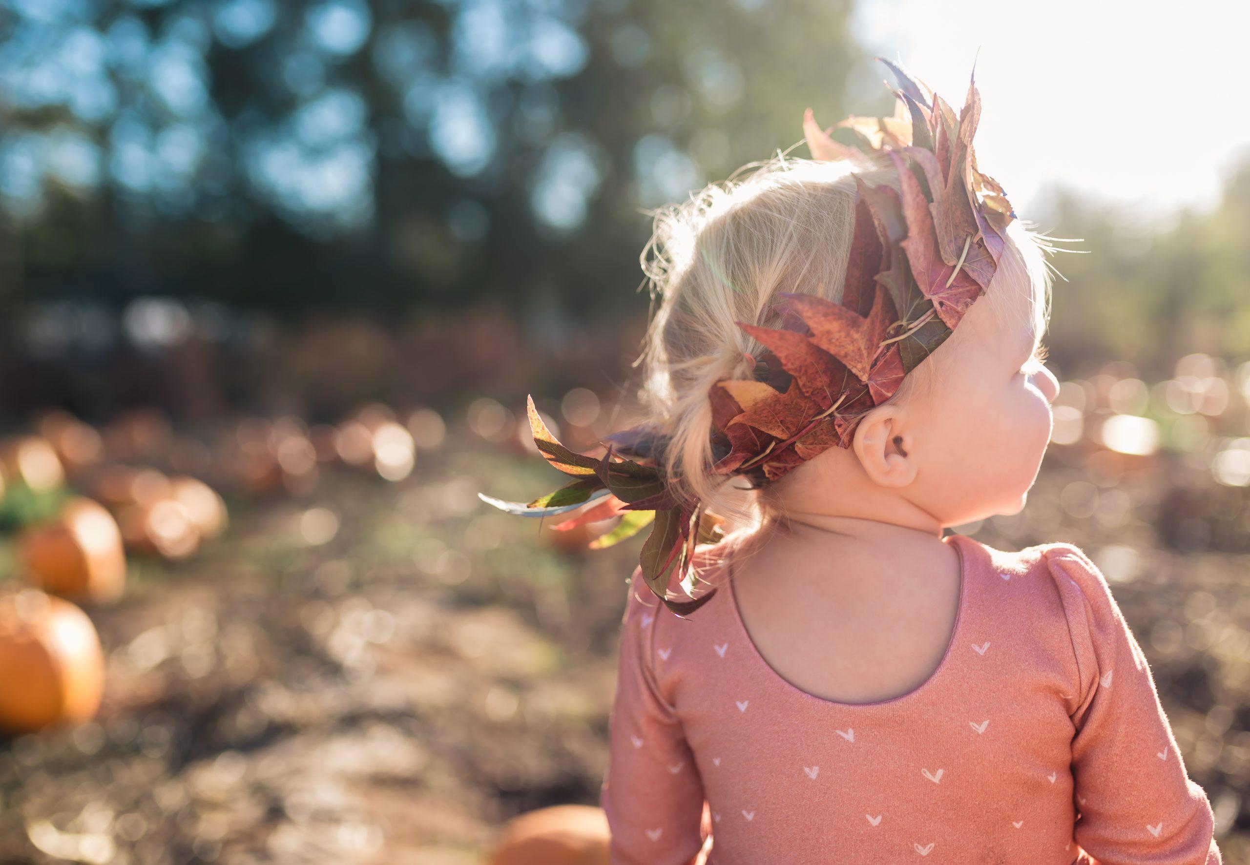 diy leaf crown on baby